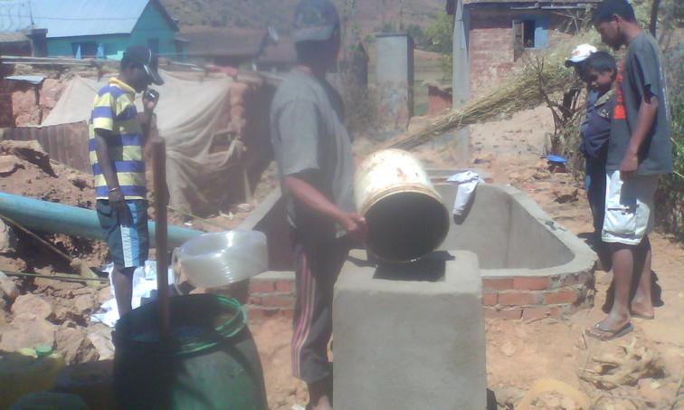 NaTiNo e.V. in Madagaskar - Der Bau ist schon ziemlich weit vorangeschritten.